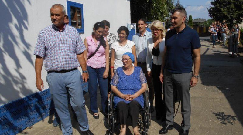 Novi Kneževac – Ministar Đorđević u poseti MS kuću i Domu za stare obećao sredstava za sanaciju problema